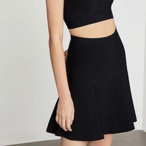 BCBG Flattering Black A Línea mini skirt size XXS